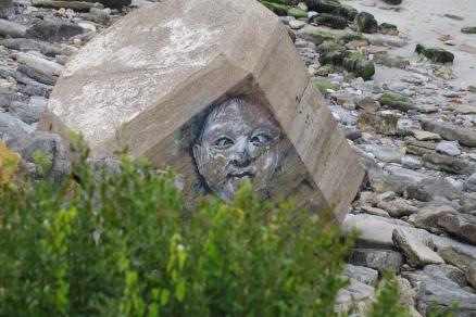 Gesicht am Strand Cote d'Opale